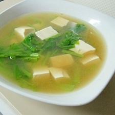 カブの葉っぱとお豆腐のお味噌汁