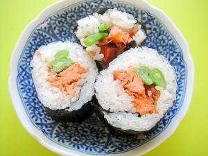 鮭おかかといんげんの巻き寿司