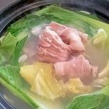 冬に最適★豚バラ肉とキャベツのスーパーニンニク鍋