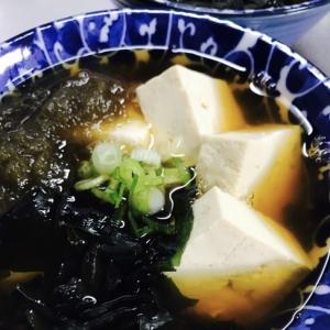 しっかりたんぱく質!どどーんと豆腐のっけうどん