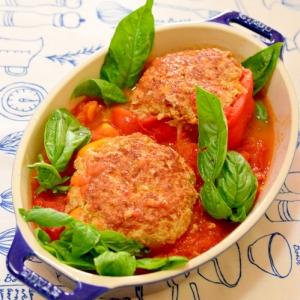 長ねぎで♪パプリカの肉詰め☆フレッシュトマトソース