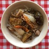 イカと豚と野菜の甘辛丼