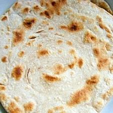 インドの薄焼きパン・パラタ