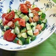 きゅうりとトマトのコロコロチリサラダ
