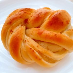 じゃが芋シナモン巻きパン