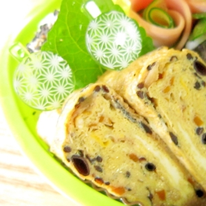 お弁当おかず☆栄養タップリひじき煮入り玉子焼き