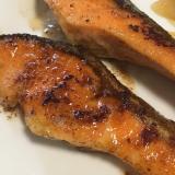 鮭のバター醤油ムニエル