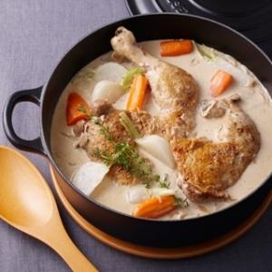[ル・クルーゼ公式] 鶏のチーズクリーム煮