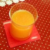 にんじんと白桃のとろりジュース
