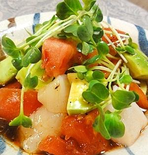 ホタテトマトアボカドサラダ