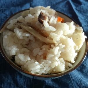 余った鍋つゆで 炊き込みご飯