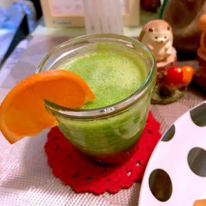 小松菜のフルーティグリーンスムージー