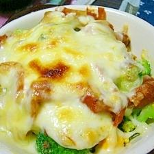 簡単!(/・ω・)/ブロッコリーのトマトチーズ焼