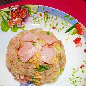 鶏ガラで本格中華☆「ハムタマ♪炒飯」