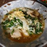 モロヘイヤと鶏肉の卵とじ