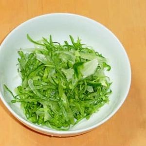さっぱりドレッシングで!シンプルグリーンサラダ