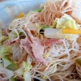 白菜豚肉人参ビーフン