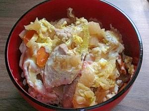 鶏鍋の残りで♪主婦の簡単一人ランチ「親子丼」