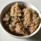 しめじきんぴらごぼう大根薄揚げ鶏肉かやく飯