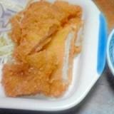 カレー粉入りのとんかつソースで頂く、惣菜とんかつ