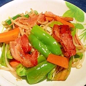 厚切りベーコンの野菜炒め。
