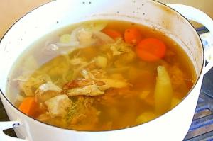 チキンスープ*ローストチキンの始末料理
