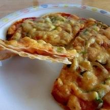 餃子の皮でしめじタップリ簡単ピザ