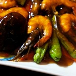 油不使用でヘルシー、炙り芝エビと夏野菜のチリソース