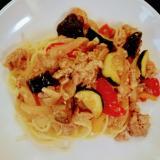 ズッキーニなど野菜たっぷり豚肉の味噌炒めパスタ