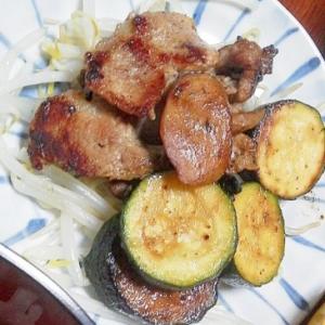 豚肉とズッキーニの塩炒め