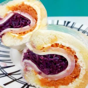紫キャベツのザワークラウトで(^^)サンドイッチ♪