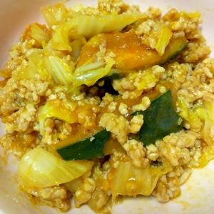 白菜とカボチャの鶏そぼろ煮