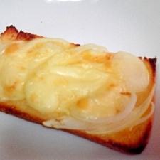 からしマヨ♡オニオンチーズトースト