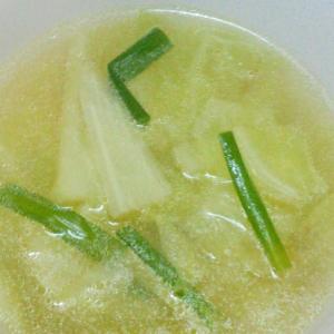 キャベツとニラの中華スープ