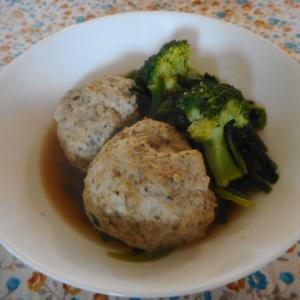肉団子とほうれん草とブロッコリーの蒸し煮