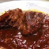 圧力鍋で簡単!牛すね肉の赤ワイン煮