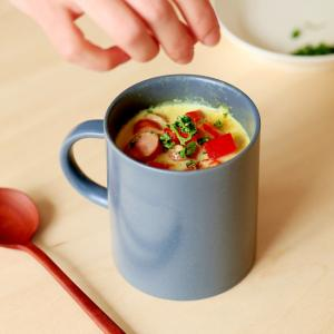 お腹いっぱい!マグカップで豆乳スープカレー。
