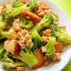 ブロッコリーと厚揚げ鶏ひき肉のとろみ煮