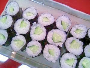 きゅうりの細巻き寿司