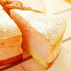 いちごのスフレチーズケーキ