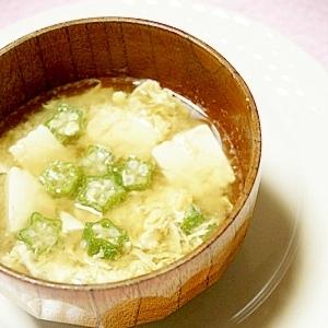 ほっとするお味噌汁 (おくら、豆腐、卵入り)