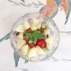 ラ・フランス、キウイの甘いサラダ
