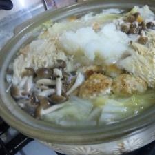 お豆腐入りやわらか鳥つくねdeみぞれ鍋