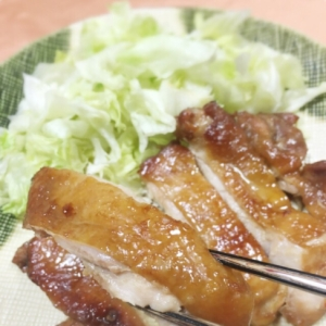 フライパン不要!鶏肉のピリ辛照り焼き