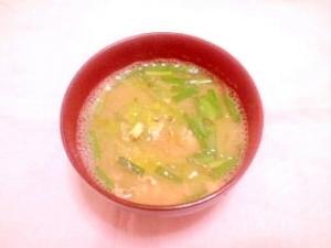 キャベツとニラのかきたまお味噌汁