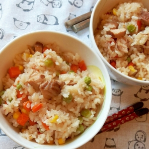 時短、簡単!中華風焼豚の炊き込みご飯オイスター風味