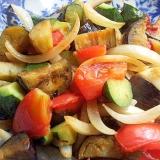 ラタトゥユ夏野菜でヘルシー炒め物♪(にんにく醤油)
