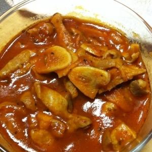 豚モツのトマト煮込み