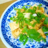 おたふくソースで♪ 豆腐と葱のシンプル炒め