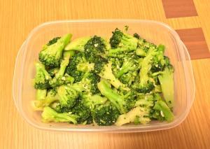 作り置き♪簡単 ブロッコリーの塩麹炒め